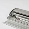 Bannière de Rollup et tige de tente peuvent être facilement rangées dans la cassette en aluminium (illustr. similaire)
